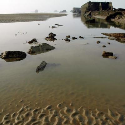 Arromanches les bains (1) sables de feu.