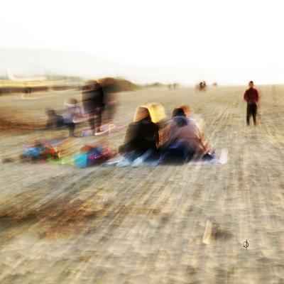 Deauville. la plage (3 ) Disponible