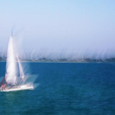 """Le petit bateau blanc. Sélection livre """"Impressions"""" Vol 2  Tirage unique disponible."""