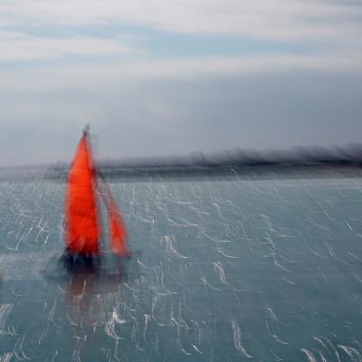 Le petit bateau rouge. Tirage unique disponible